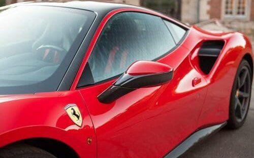 Ferrari mit Carbon beschichten (1)