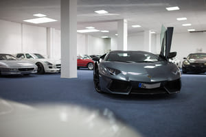 Lamborghini Aventador (1)